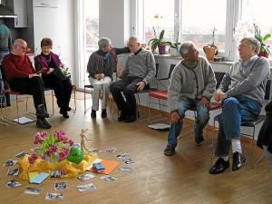 SeminarteilnehmerInnen während einer Gruppenarbeit